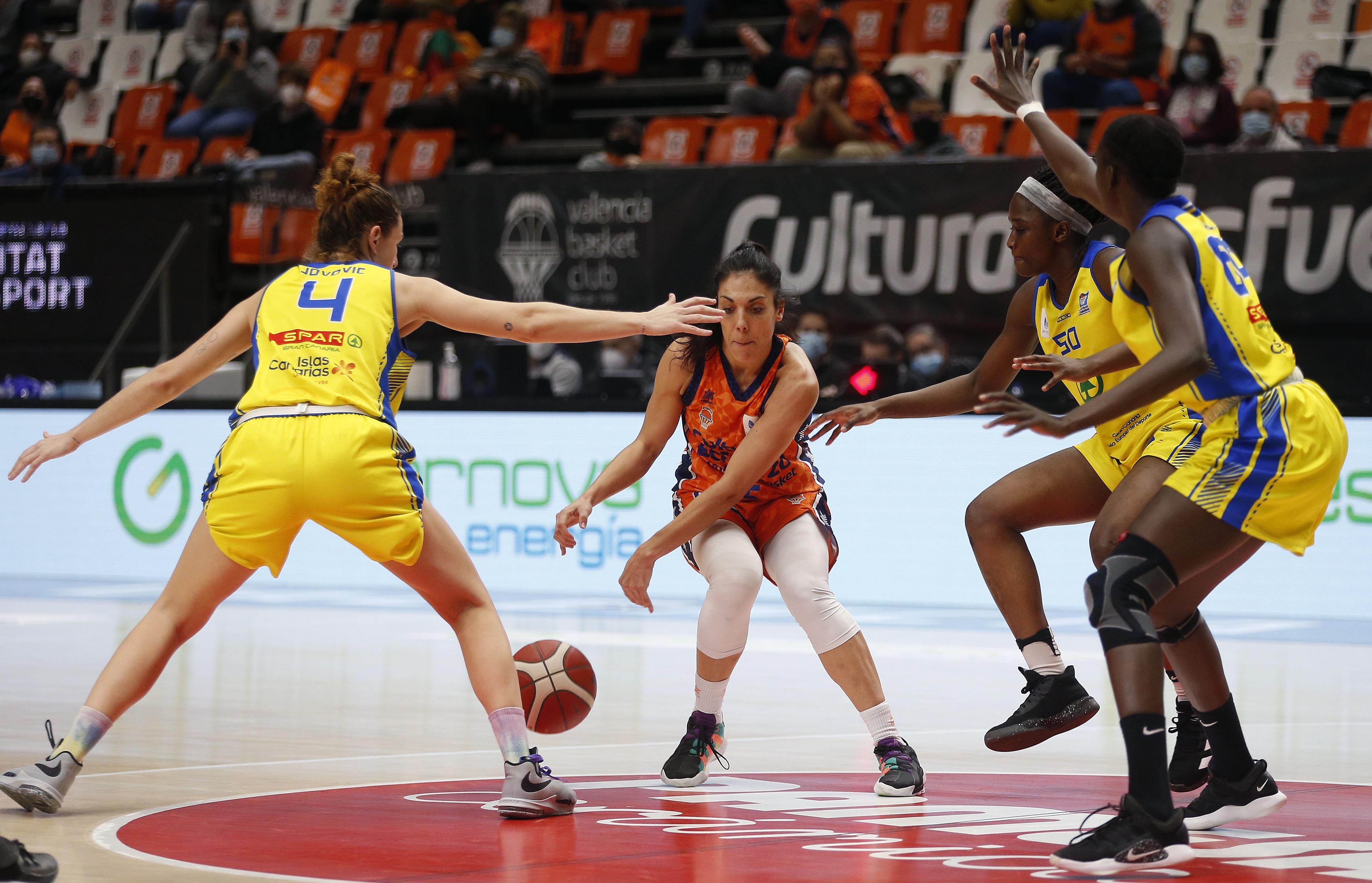 El CB Islas Canarias no tuvo opción en su visita al Valencia Basket