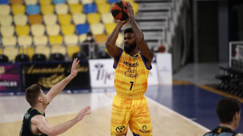 Earl Clark dejará de ser jugador del Gran Canaria-Claret