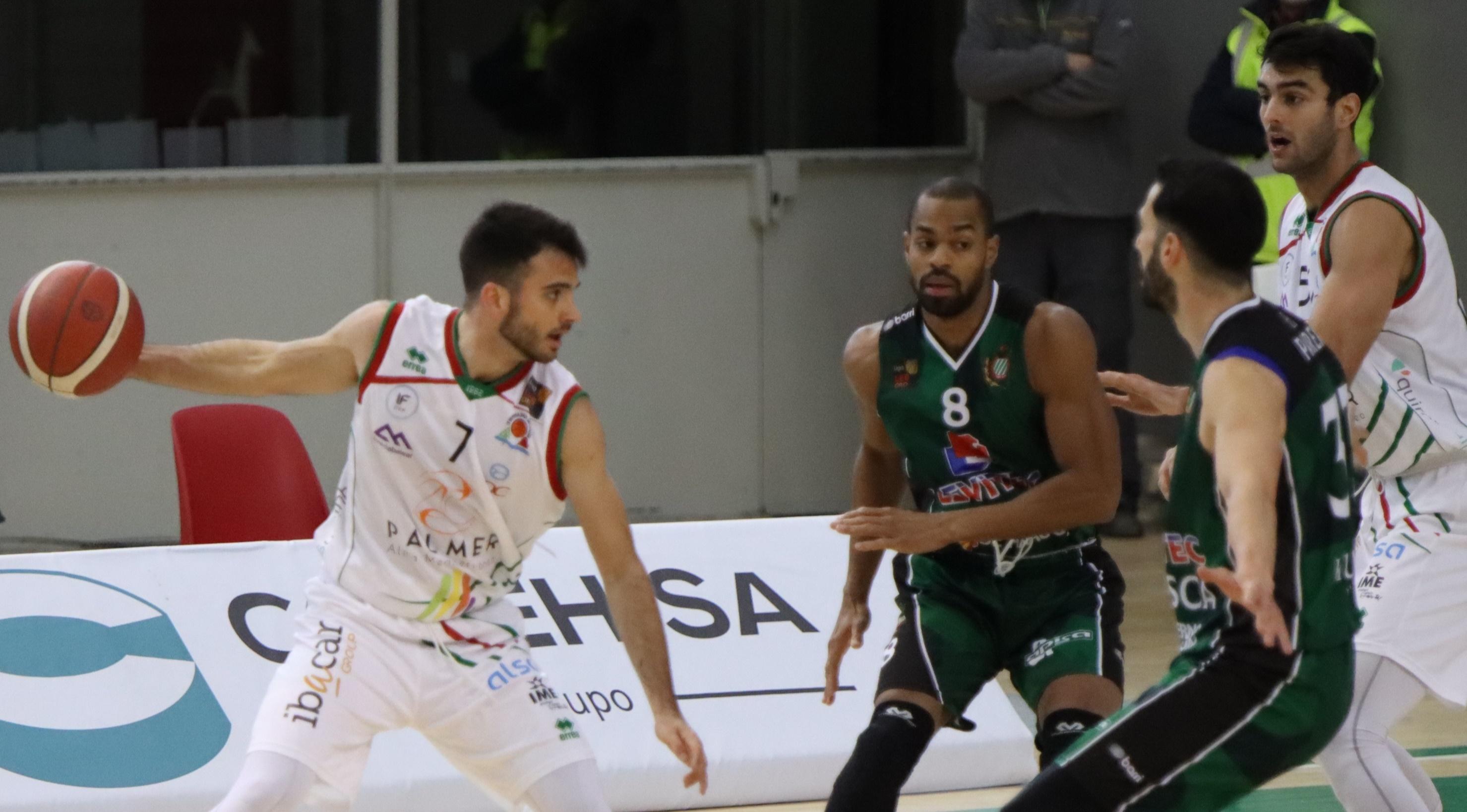 Jacobo Díaz gana en su visita a Huesca