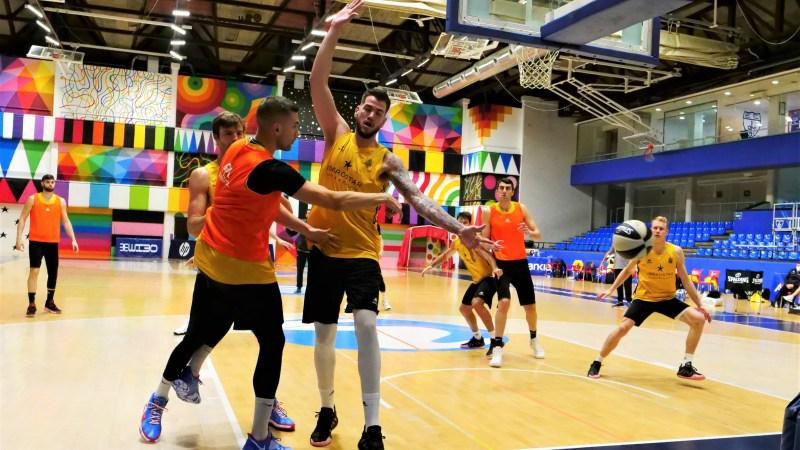 Entrenamiento aurinegro en Magariños para preparar las semifinales de Copa