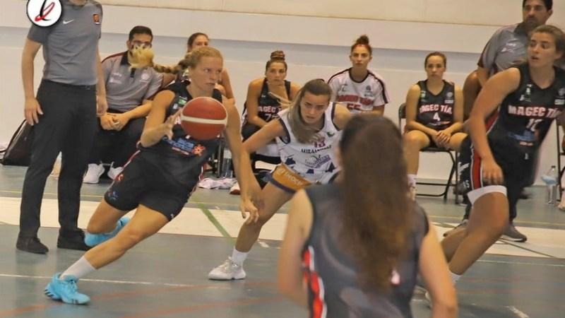 El Magec Tías acaba la temporada con derrota y con incertidumbre de si será su último partido en Liga Femenina 2