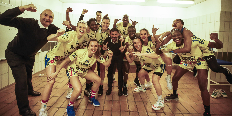 El CB Islas Canarias gana en Zaragoza y jugará los 'playoffs' por el título de Liga Femenina