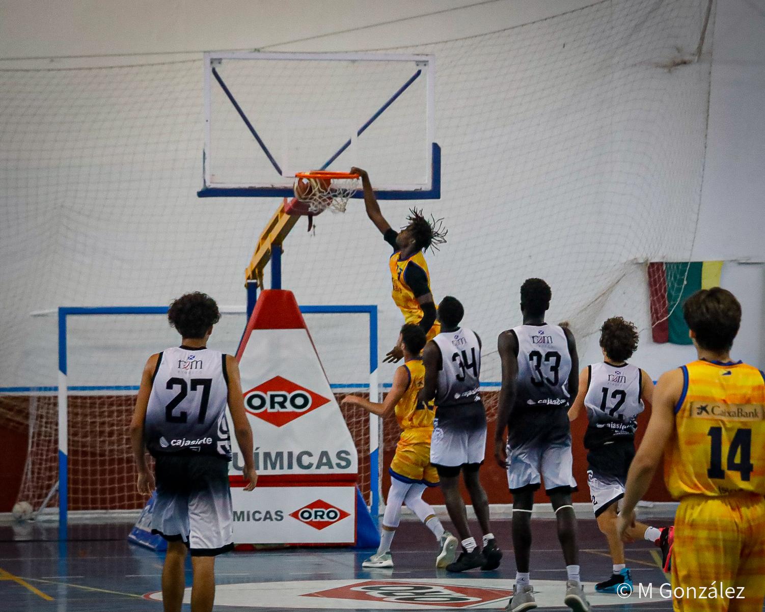 [Galería] @m.gonzalez.ph documentó el triunfo amarillo ante el Santa Cruz, en el Campeonato Júnior Autonómico