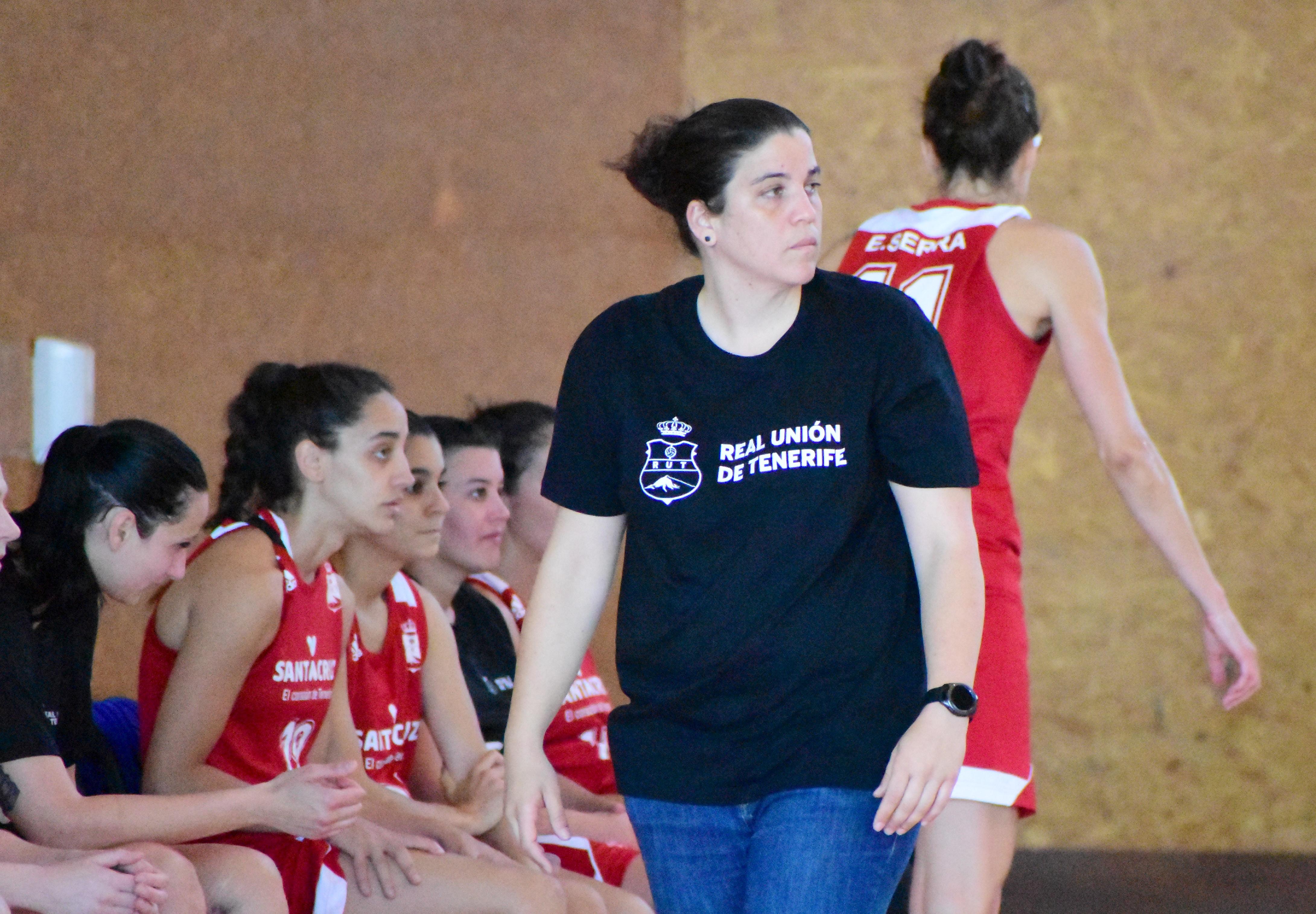 María Sosa y Patricia Cabrera, entrenadoras ayudantes de la selección española femenina U13