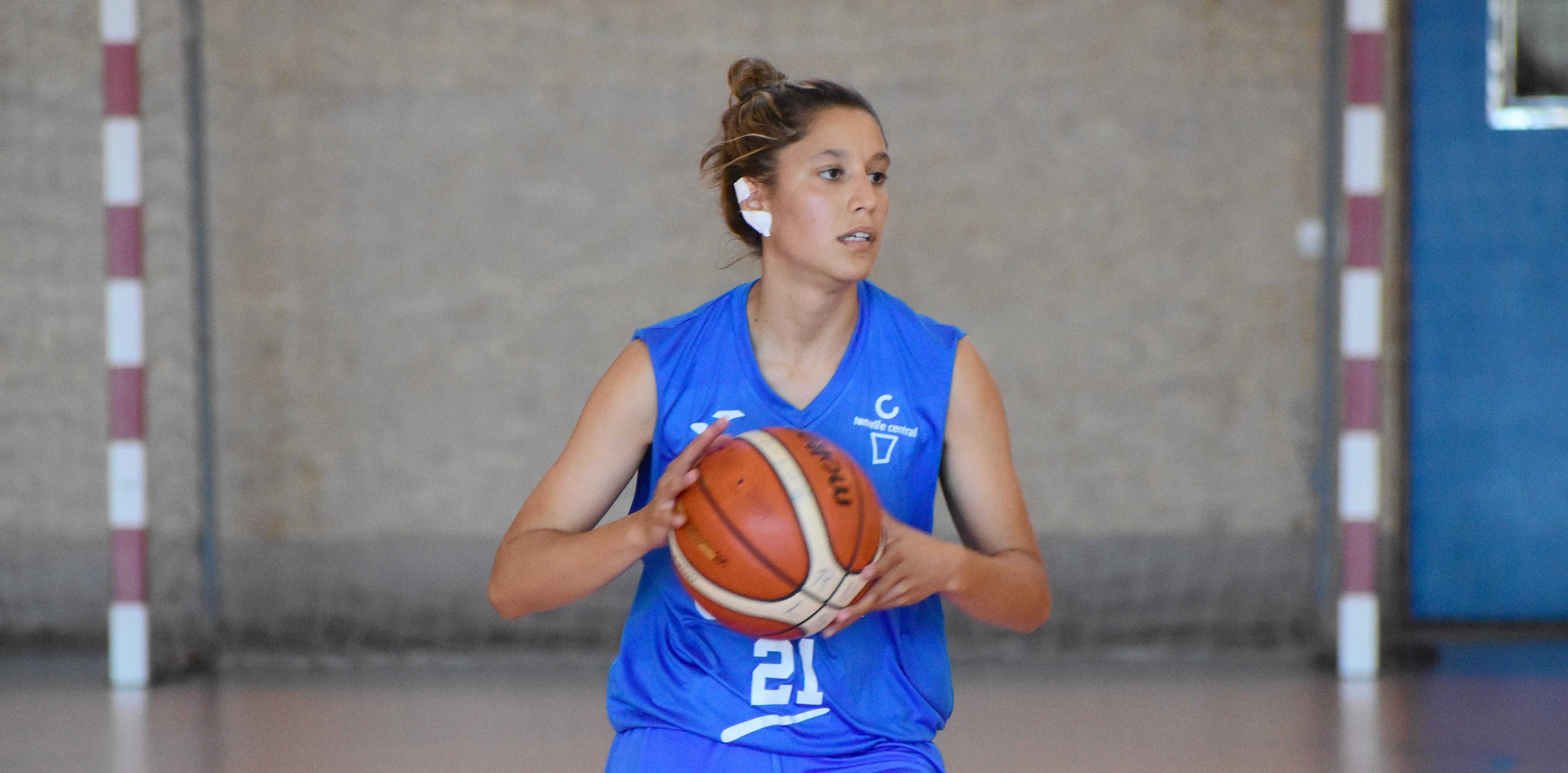 Lidia Bacallado repite en el Tenerife Central
