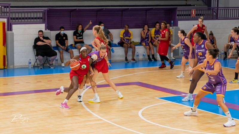 Maya Caldwell y Valerie Nesbitt lideran la victoria del CB Islas Canarias ante el Clarinos