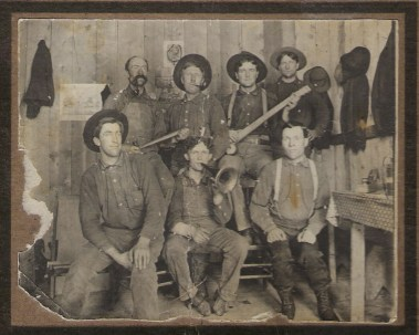 1910 mtn lake mine Heber with horn