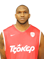 Cedric Simmons - 2,08 m - Pivô - 27 anos