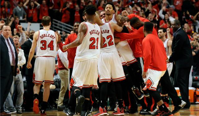 Rose hizo delirar a todo Chicago