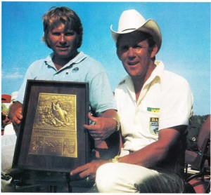 Roland Martin captures the Santee-Copper event for his 8th win. Photo Sept/Oct 1975 Issue of Bassmaster Magazine.