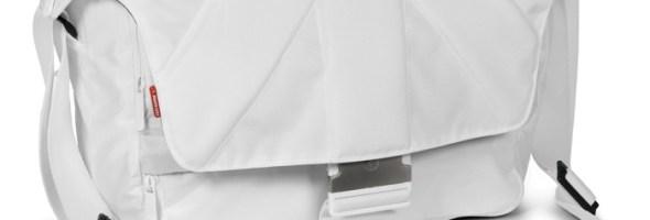 """Un Bianco Natale per Manfrotto che presenta un'intera linea di accessori fotografici """"total white"""""""