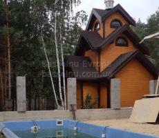 Строительство бассейна из композита на даче в Киеве фотография 11 - наполнение водой.