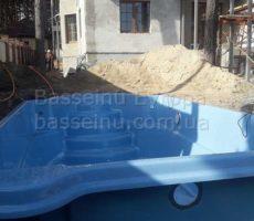Монтаж бассейна из композита на даче в Киеве фотография 9.