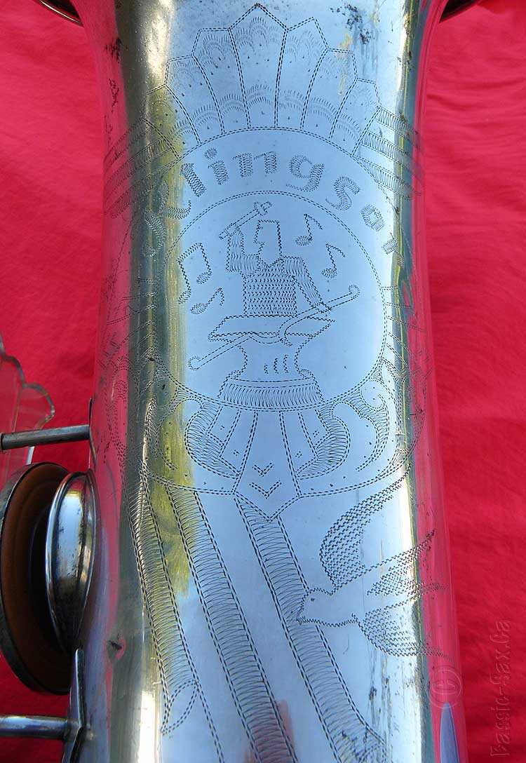 saxophone bell engraving, Hammerschmidt, Klingsor, tenor sax, silver sax, red background