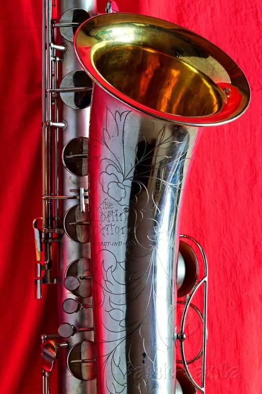 Martin Committee III bari, bari sax bell, gold wash bell, bell engraving vintage baritone sax, The Martin baritone sax, vintage saxophone market