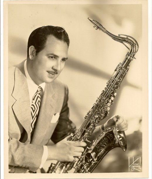 Bobby Dukoff, SML tenor saxophone, tenor sax player, publicity photo, B&S photo, 1945
