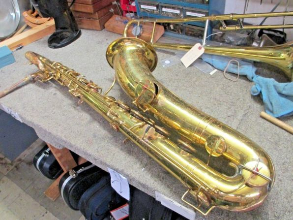 Evette & Schaeffer bari # 10xxx Source: midwestdiscountmusic on eBay.com