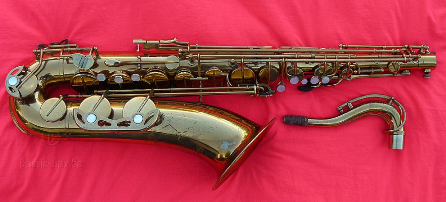 De Villiers tenor sax, sax neck, gold lacquer sax, red cloth