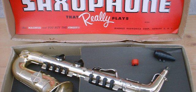 Magnus Toy Saxophone