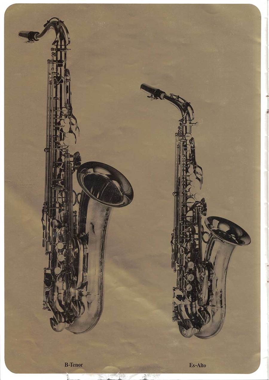 Julius Keilwerth, vintage, brouchure, page 9, alto, tenor saxophones, black, gold