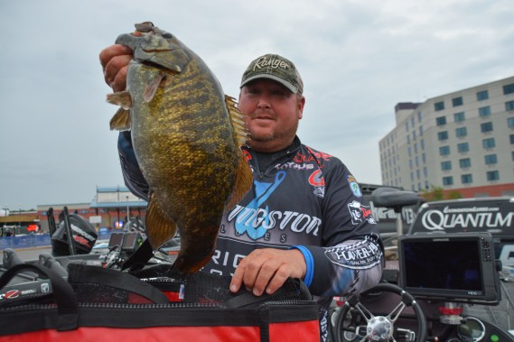 Livingston pro Jacob Powroznik with a giant on Day 1. Photo by Joel Shangle.
