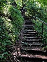Die letzte Treppe hinauf zum Heldrastein