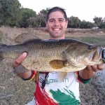 Nuno Duarte com o seu record pessoal capturado com um Vile Craw da BioSpawn