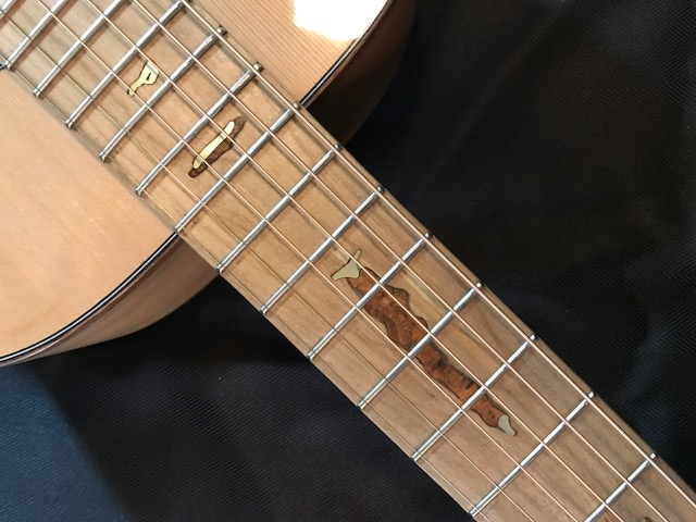 Carrie-neck-inlay