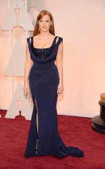 Jessica Chastain in Givenchy Couture. Per quanto mi riguarda, una delle donne più belle ad aver varcato la soglia del Dolby Theatre per gli Oscar 2015. L'abito non è tra i miei preferiti di quest'anno, però la sua semplicità e raffinatezza lo hanno reso sicuramente uno dei più sofisticati.