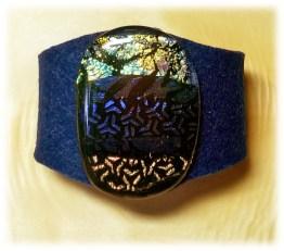 Bild643a blaues Filzarmband