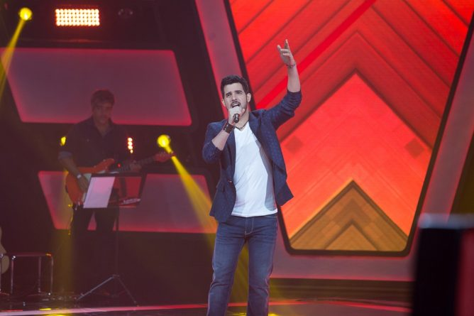 "(Foto: cantor Alexey Martinez no ""The Voice Brasil""/Gshow)"