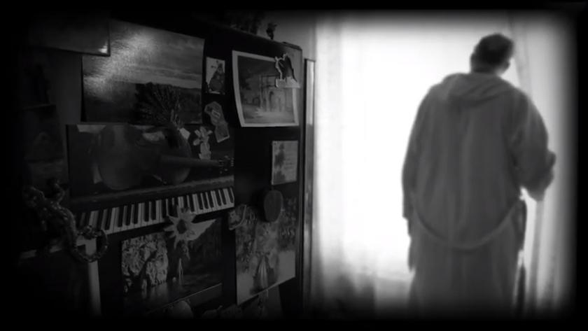 Fradoval reste à la maison – mais prépare ses concerts