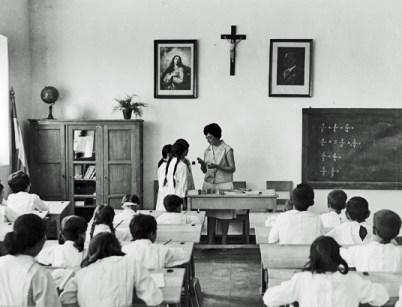 Educación en el franquismo niñas
