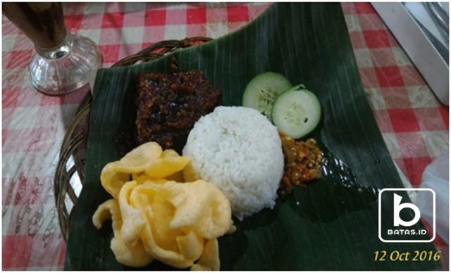 Ayam Bakar, Foto : Iin Soes-batas.id