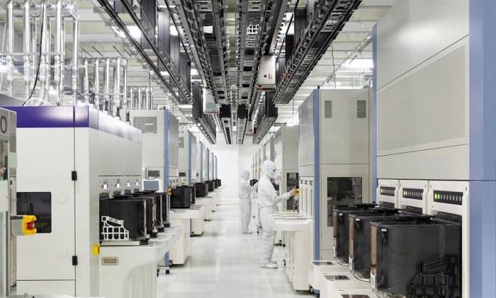 Pertahankan Pasar, Toshiba Memory dan WD Buka Pabrik Baru