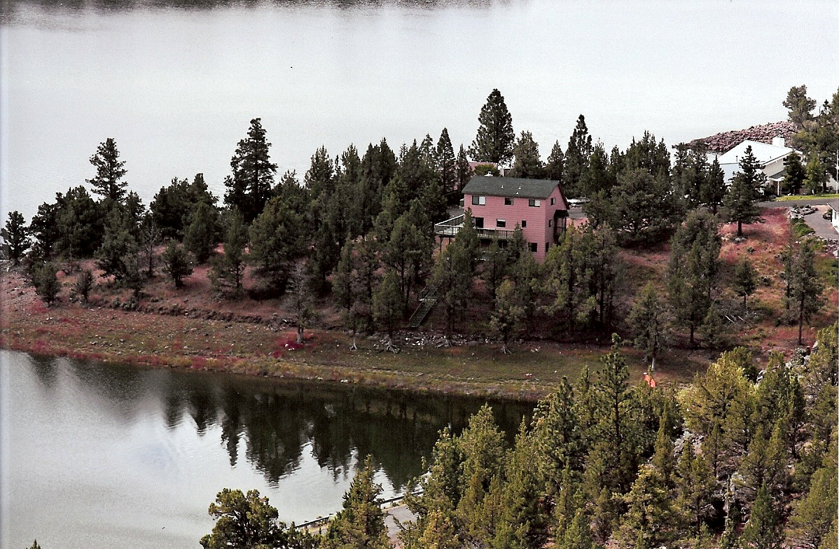 4840 Elkridge Road Lake Shastina Weed California  Batchelder Properties
