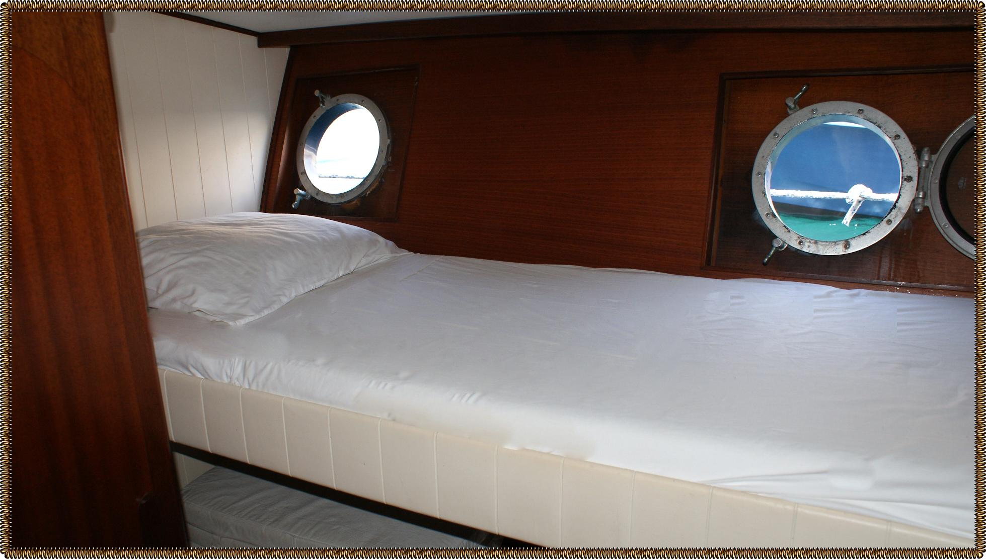 bateau uyada bonifacio