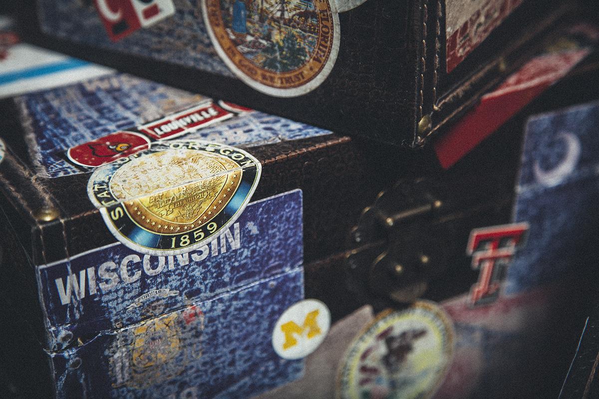 Wilson 90 yr Box - Box CloseUp 1