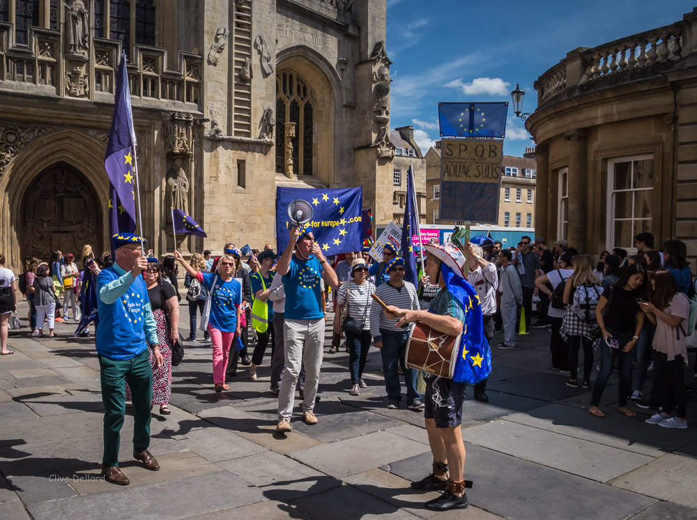 Pulse of Europe, Sunday 6th August, 2 pm at Bath Abbey Courtyard