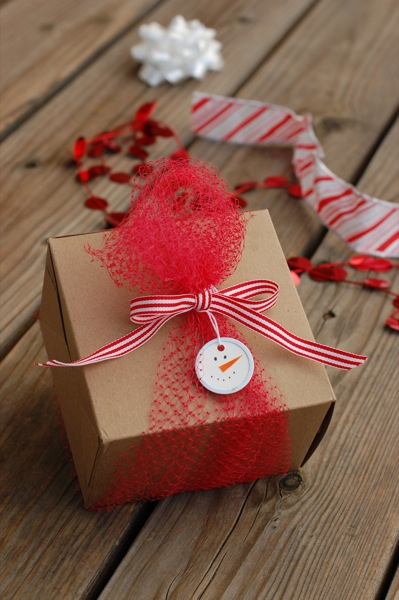 holiday-gift-wrap-3