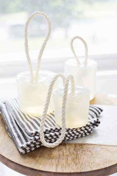 soap-on-a-rope-tutorial-DIY-make