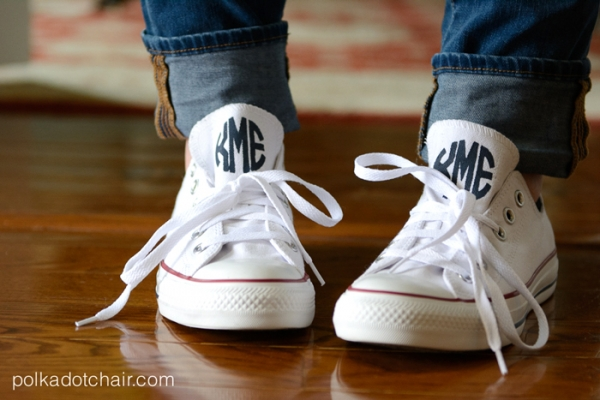 monogrammed-converse