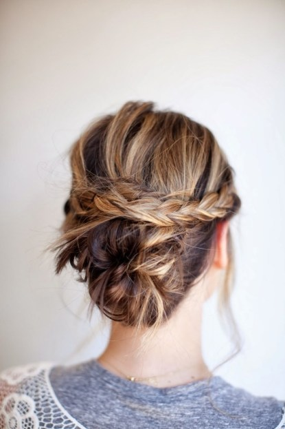 messy-braided-bun-hair-tutorial-550x825