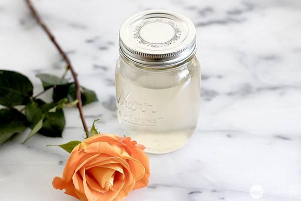 DIY-Rose-Water-1