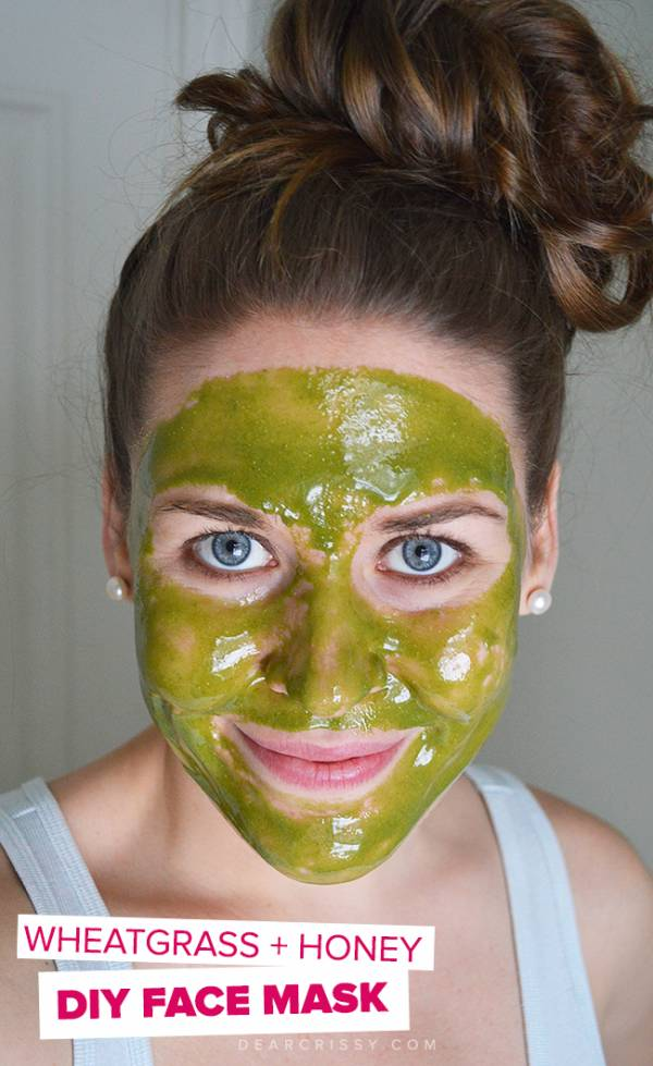 DIY Wheatgrass Face mask