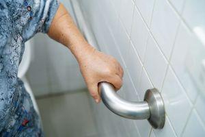 rail in the bathroom for elderly