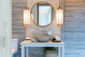 How To Remove Rust From Bathroom Light Fixture