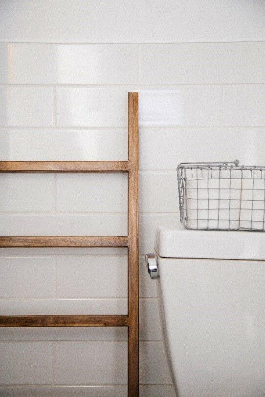 10 vintage farmhouse bathroom remodel