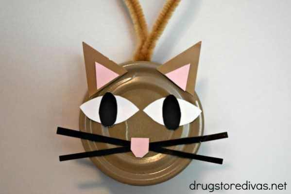 Cat food can DIY ornament with cat face