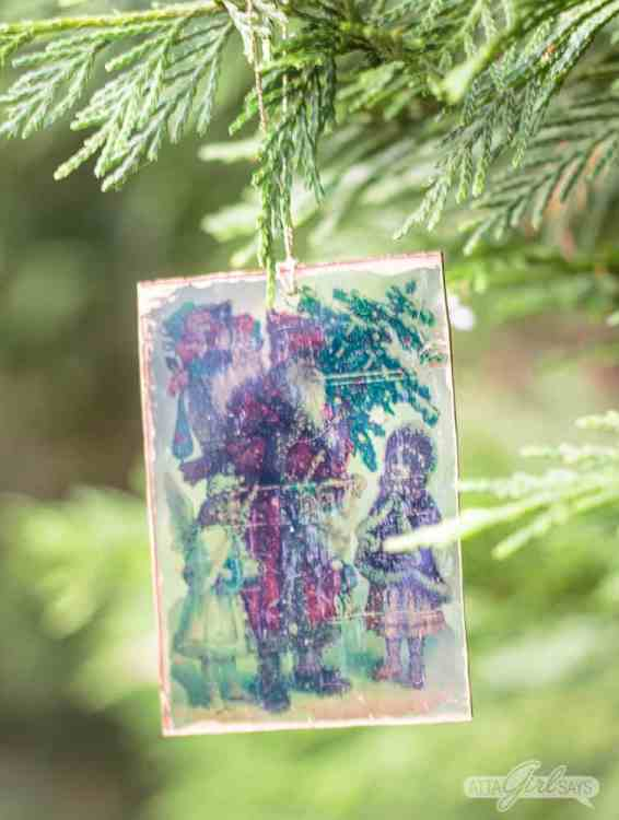 Create an artistic shrunken image ornaments with Shrinky Dinks.
